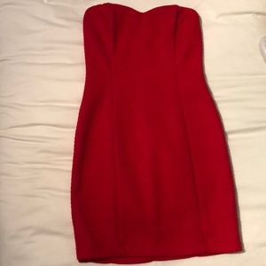 Red sweetheart top strapless dress